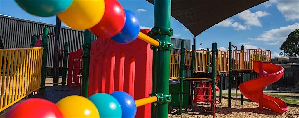 donburn-playground-close-up